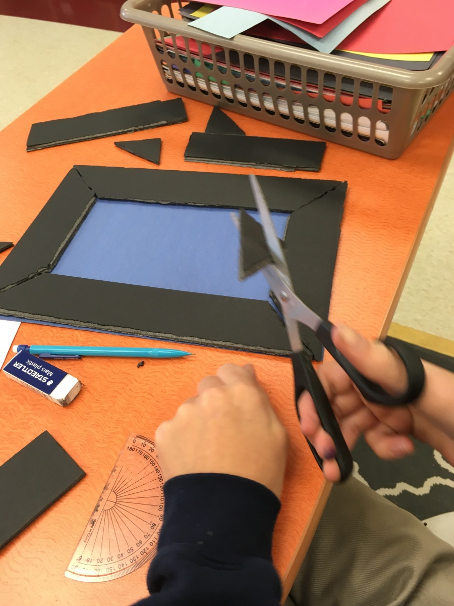 Measuring 45 Degree Angles to Make Picture Frames